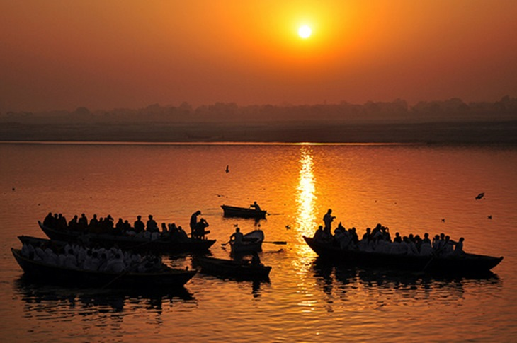 autobiography of river ganga The unspoken agonizing thoughts of a traumatized river that sprouted from the creative and sensitive mind of an 11 years young voice artist shiuli and.