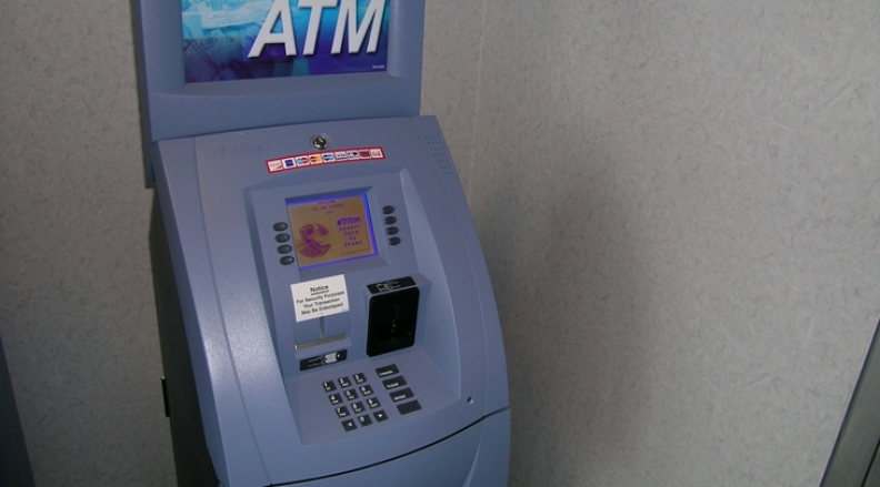 6 Ways To Avoid High ATM Charges